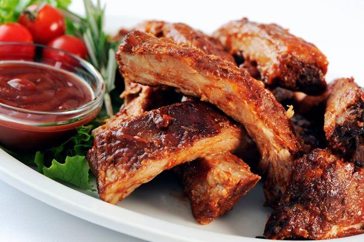 Spicy honey-mustard glazed pork ribs